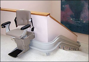 curved-stairlift